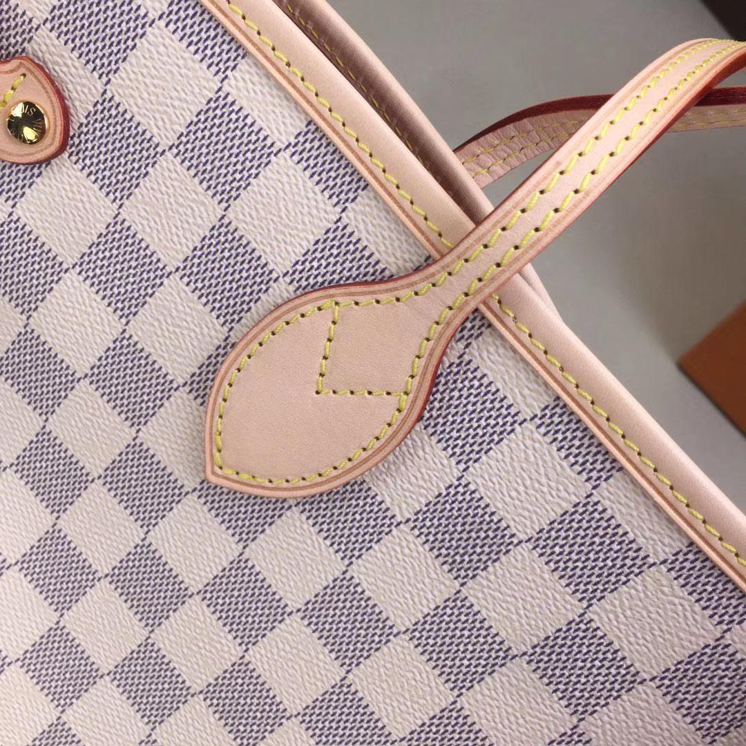 LV路易威登 顶级版Neverfull 经典手袋 N41605 采用了清新的织物内衬和灵感源自路易威登档案馆的复古细节 32x29x17cm