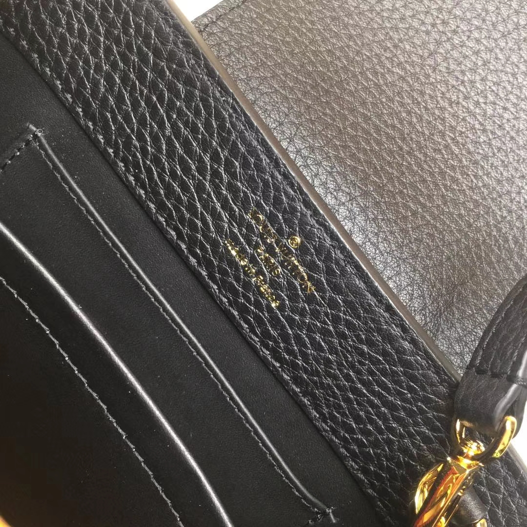 LV路易威登 m94049 首款由全粒纹Taurillon小牛皮裁制而成的Capucines迷你手袋 黑色+红色 原单品质 21x14x8cm
