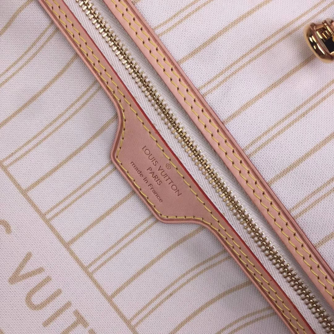 LV路易威登 顶级版N41361Neverfull 经典手袋 内衬色调为 Monogram 经典红色帆布 32x29x17cm