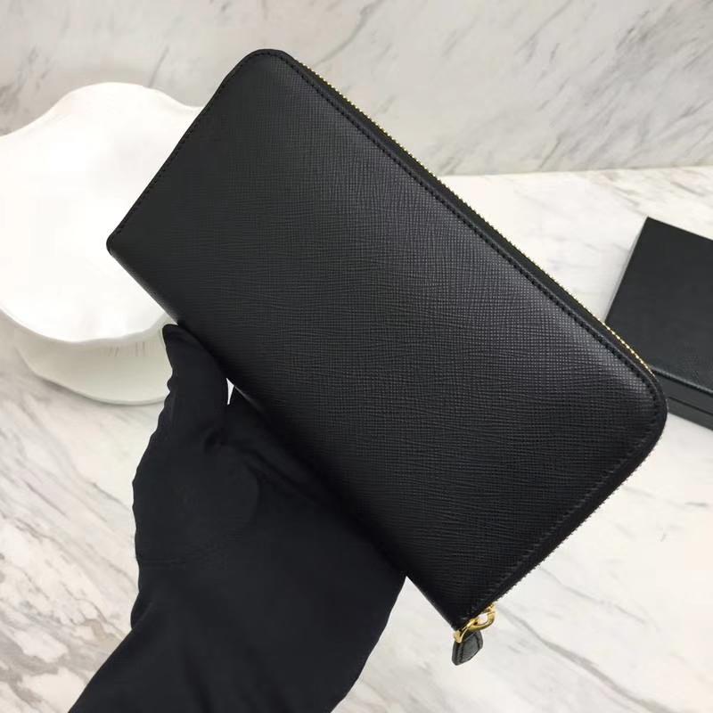 PRADA(普拉达)专柜最新款钱包 1ML506 黑色 原单牛皮 原单拉链 时尚特别 双重内阁 卡位多 容量大 20x10.3cm