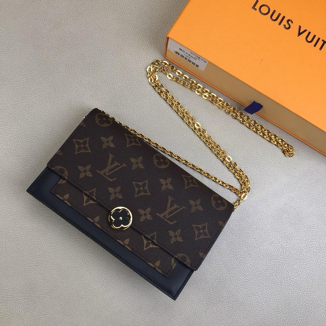 LV限量版 FLORE链条钱夹M67404 Monogram帆布和小牛皮 柔美轮廓