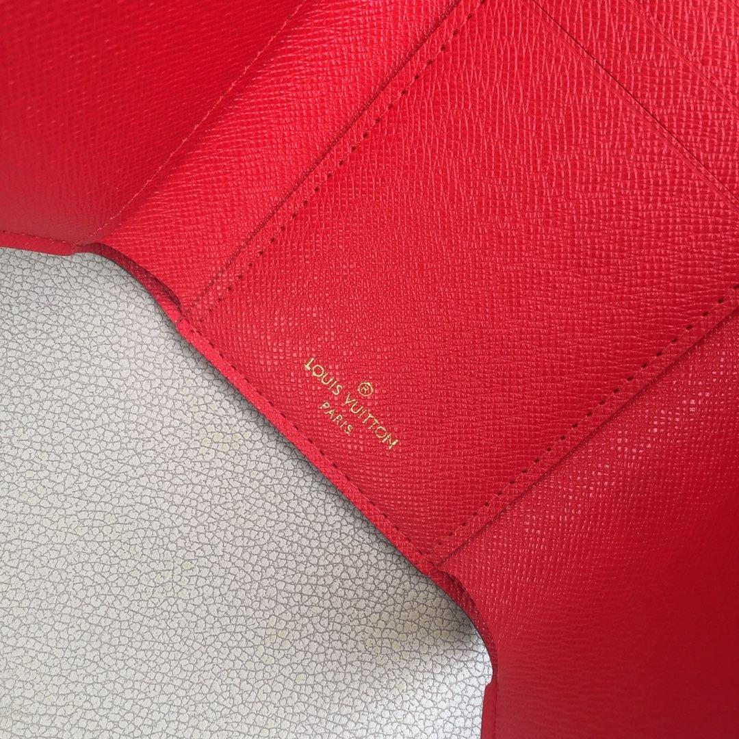 驴家VICTORINE钱夹M63326 经典Monogram帆布打造 饰有猫咪携精美手袋这一图案 俏皮可爱 设计新颖
