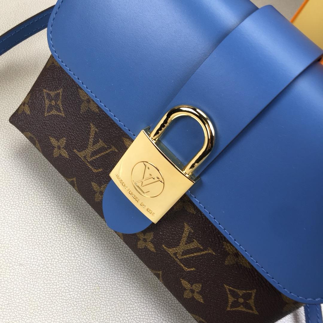 LV原单 LOCKYBB手袋M44080 小巧而有型 Monogram帆布和牛皮材质 兼具精致内涵与时尚个性