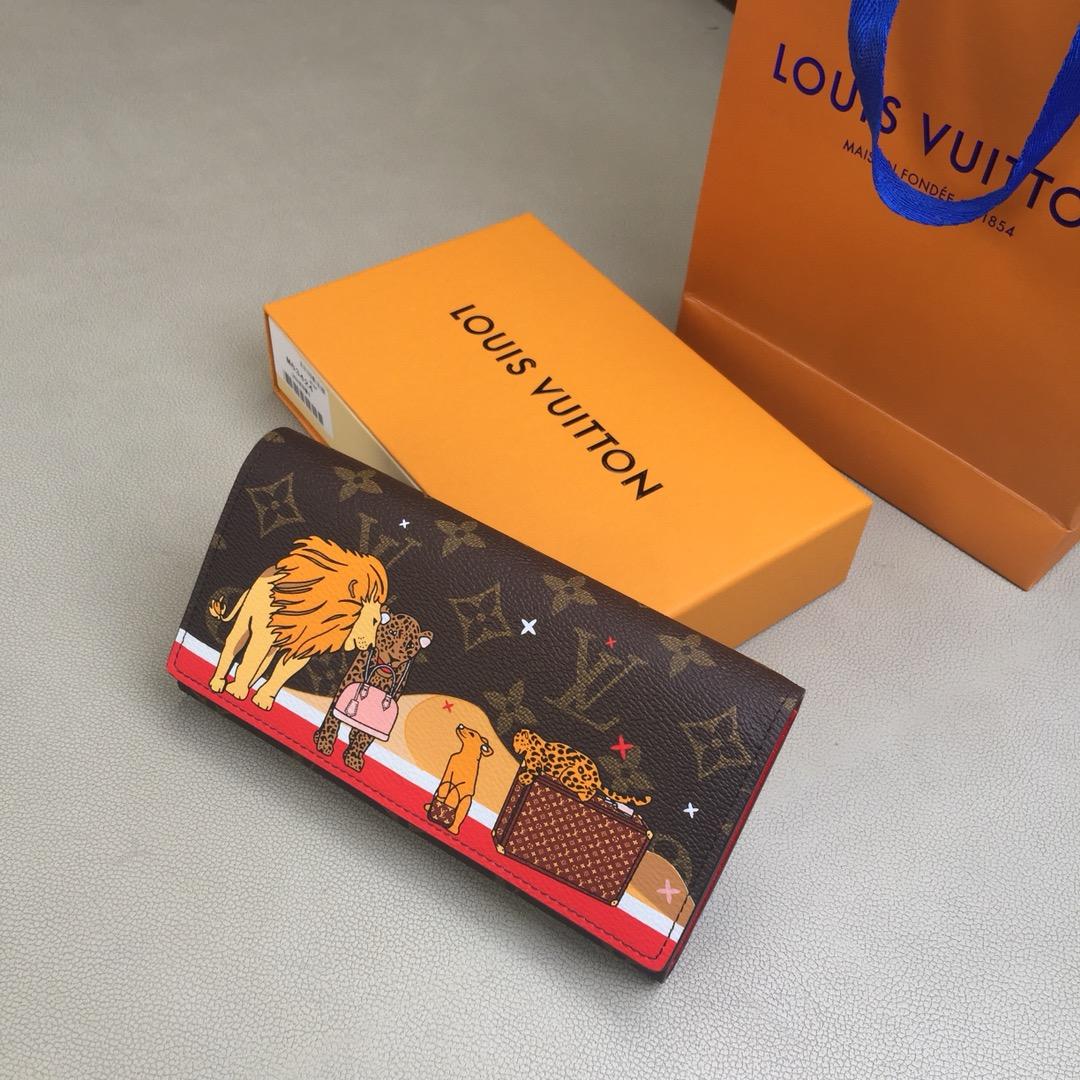 圣诞特别版Sarah钱夹M63424 迷人的猫咪和标志性旅行箱印花图案 众多口袋和隔层并配有按扣