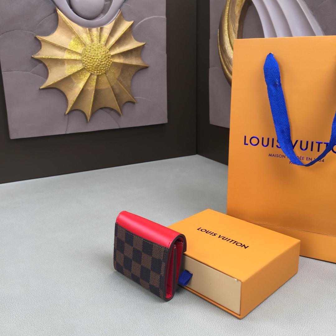 驴家ZOÉ钱夹N60167 经典Damier Ebene帆布 搭配色彩绚丽的防刮皮质肩带 充裕内部空间