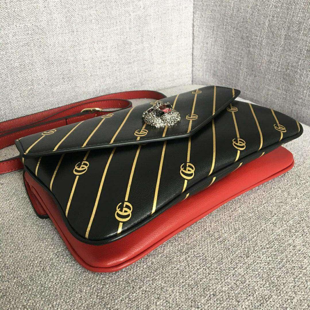 GUCCI(古驰)新款双面双色手提单肩斜挎包 524822-1 黑色+红色 双袋设计 正反两种造型 27x16x6