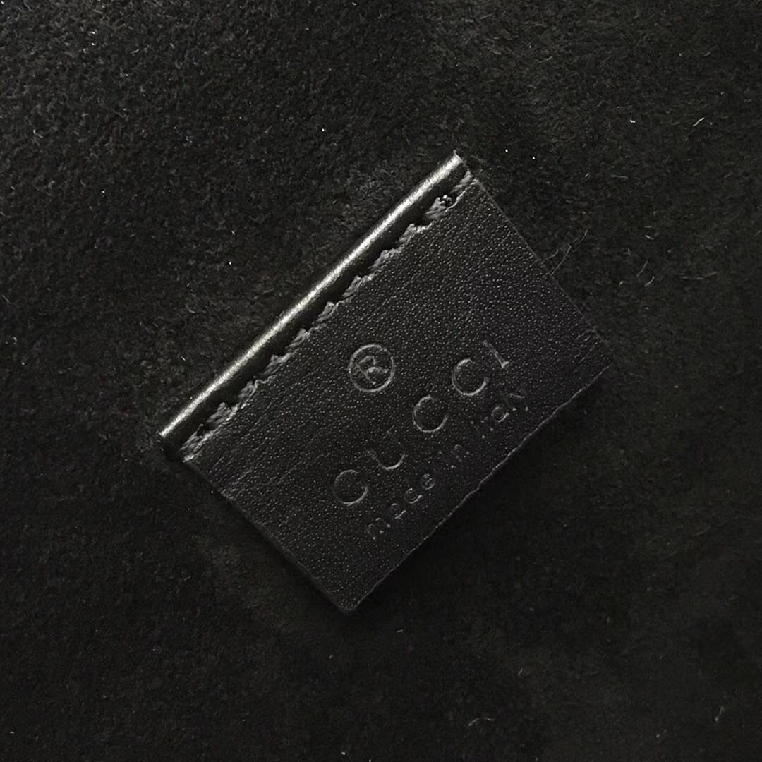 GUCCI(古驰)经典小号酒神包 421970 黑色 达人必备款 古银织纹虎头马刺扣 20×15.5×6