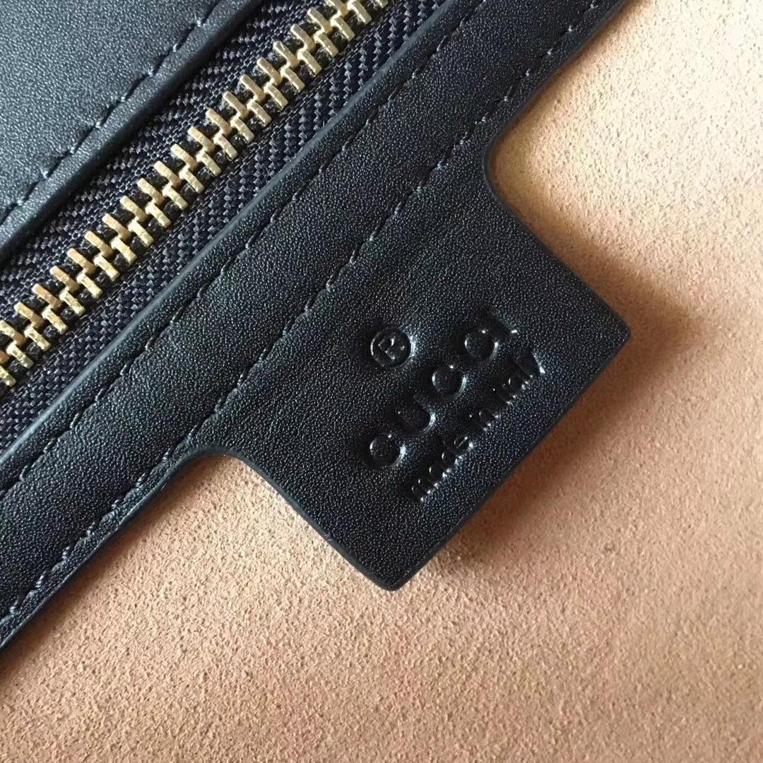 GUCCI(古驰)最新天鹅绒手提包 524405 酒红色 Sylvie新独特肩带 刺绣双G logo 现货 25.5×17×8