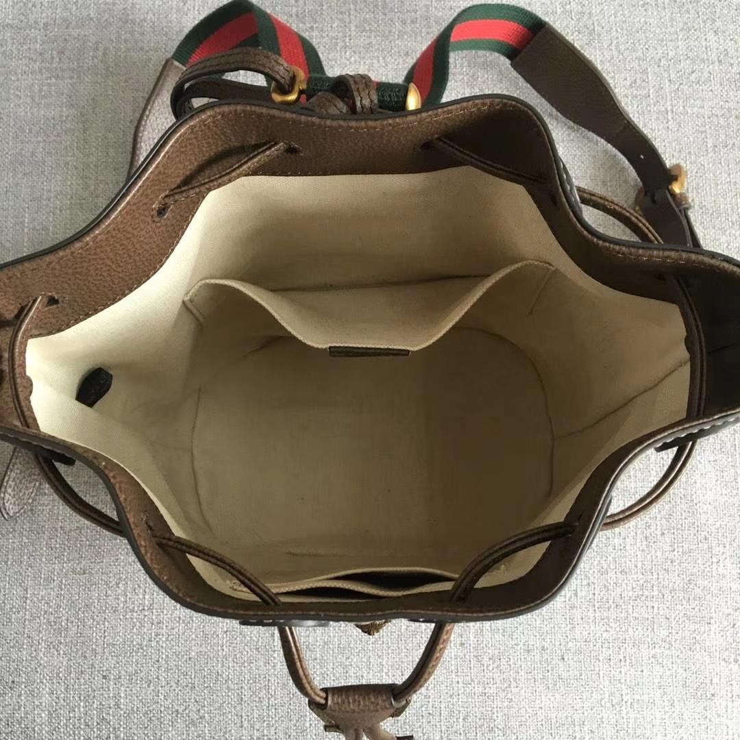 GUCCI(古驰)水桶系列背包 473875 网红同款经典老花棕色牛皮的搭配 各种背法随意转换 23.5x15.5x28.5cm