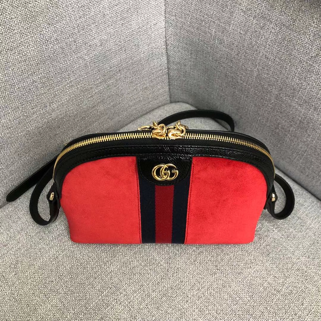 GUCCI(古驰)爆款走秀系列贝壳包 499621 红色 简约干练极富现代气息的设计 圆滑的线条 皮质柔软 简约优雅 23-7-18