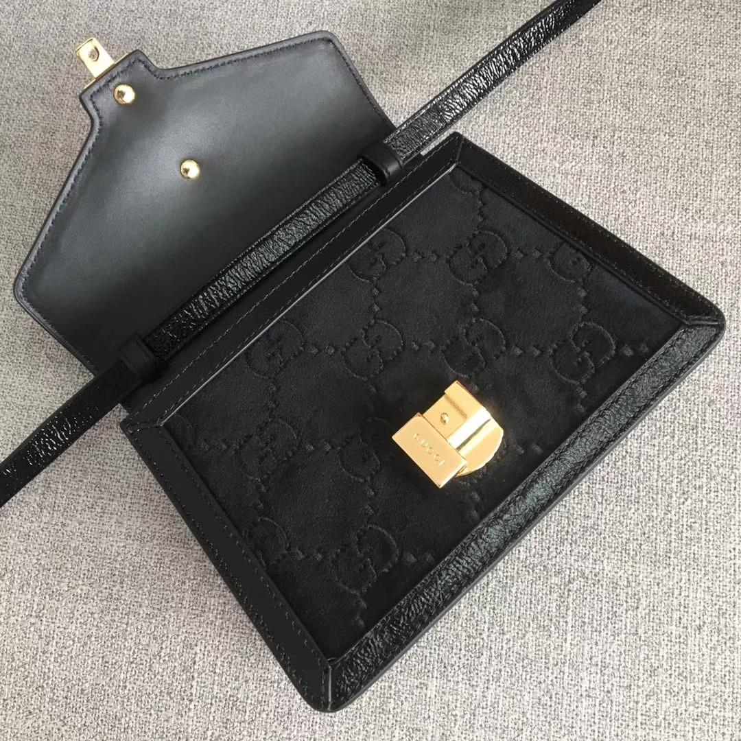 GUCCI(古驰)全新 Sylvie 丝绒手袋系列 470270 天鹅绒 黑色 爆款 尽显优雅复古风 进口原单系列 20×8×14