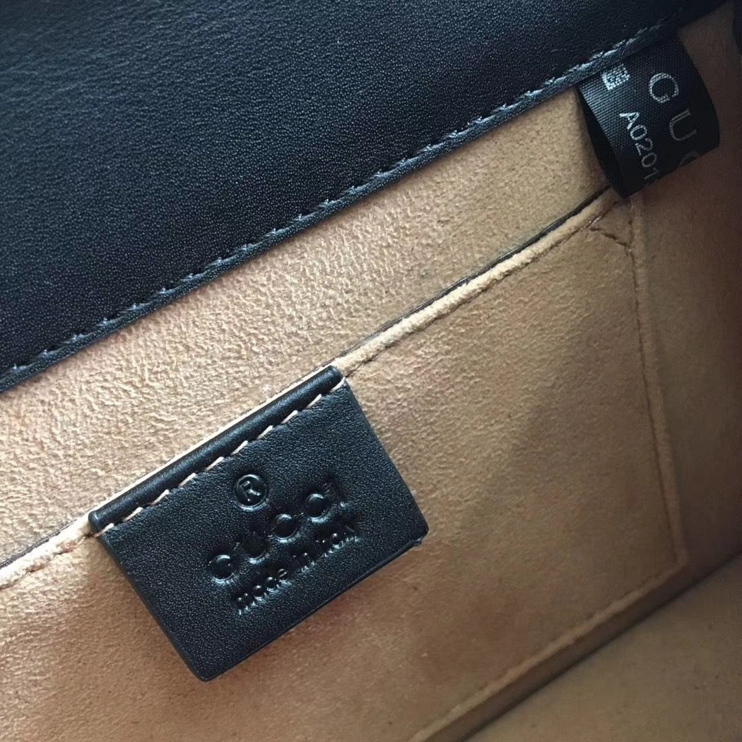 GUCCI(古驰)全新 Sylvie 丝绒手袋系列 470270 天鹅绒 酒红色 爆款 尽显优雅复古风 进口原单系列 20×8×14