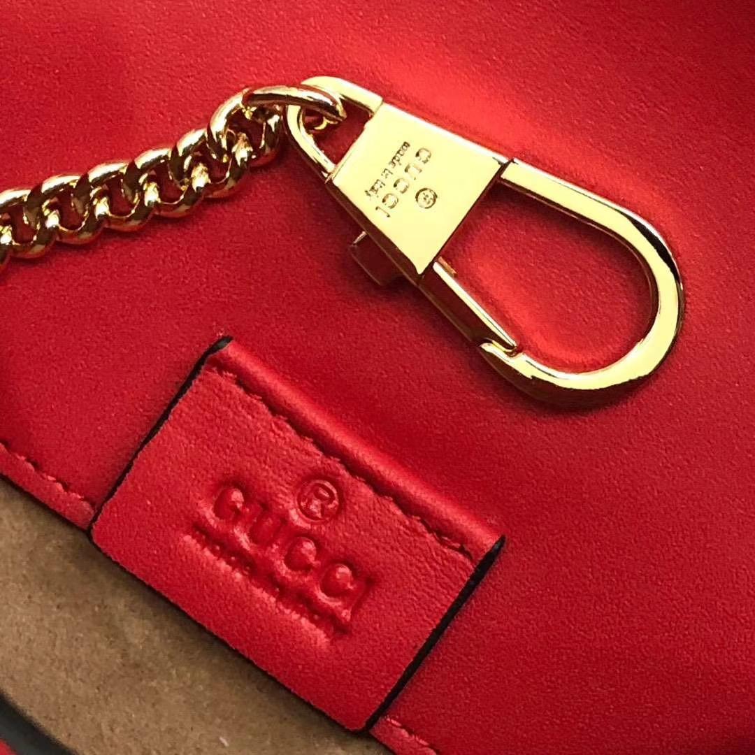 GUCCI(古驰)逆袭款 Sylvie系列全皮迷你链条包 494646 红色 配以嵌尼龙织带 mini尺寸 16.5×10.5×3.5cm