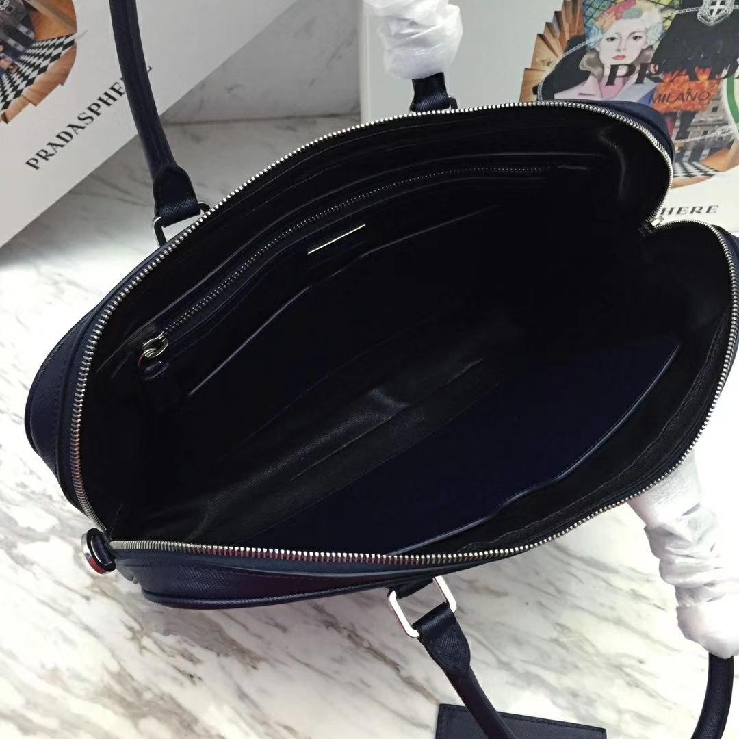 PRADA(普拉达)新款 2VE368 公文包 深蓝色 十字纹车拼角唛超薄款 进口意大利皮 内里羊皮 165代工码 36x28x3.5cm
