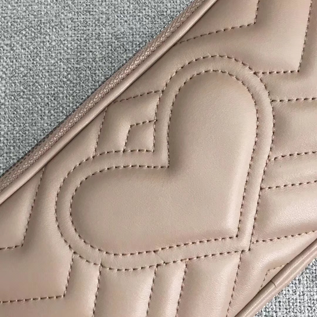 GUCCI(古驰)Marmont系列双G风琴多层设计链条包 546581 卡其色 人气爆款 小斜挎包 19x10x8