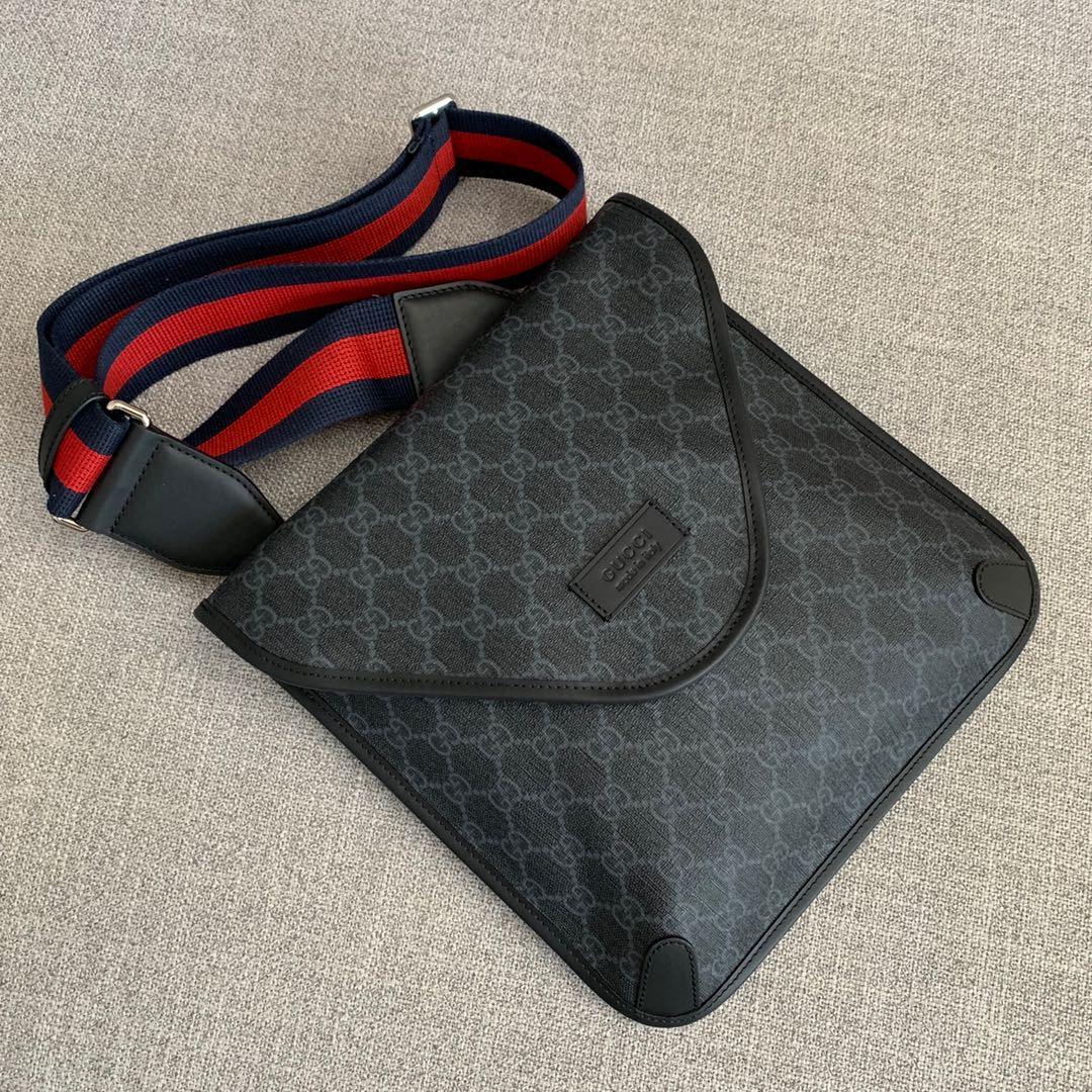Gucci包包价格 古奇新款598604翻盖复古邮差包斜挎26CM 黑色