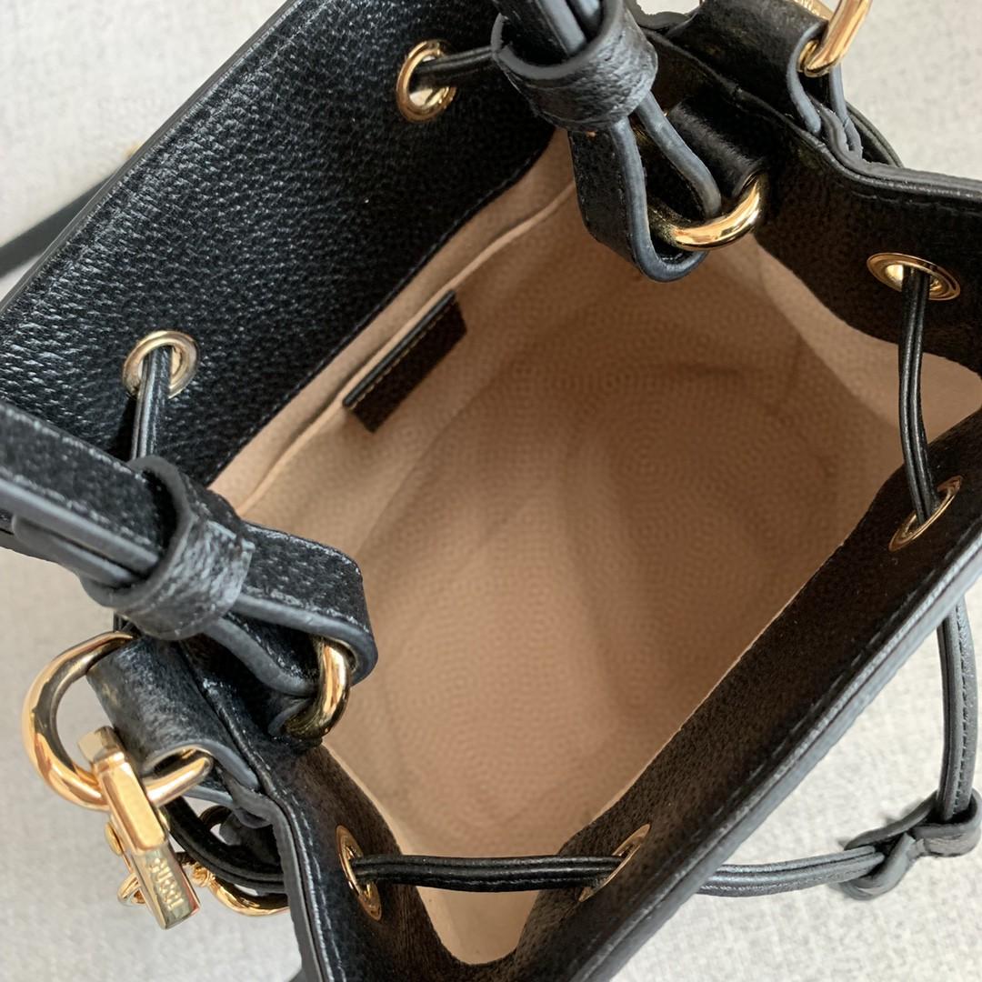 古驰女包价格 Gucci新款黑色猪皮纹手提水桶包中号25CM