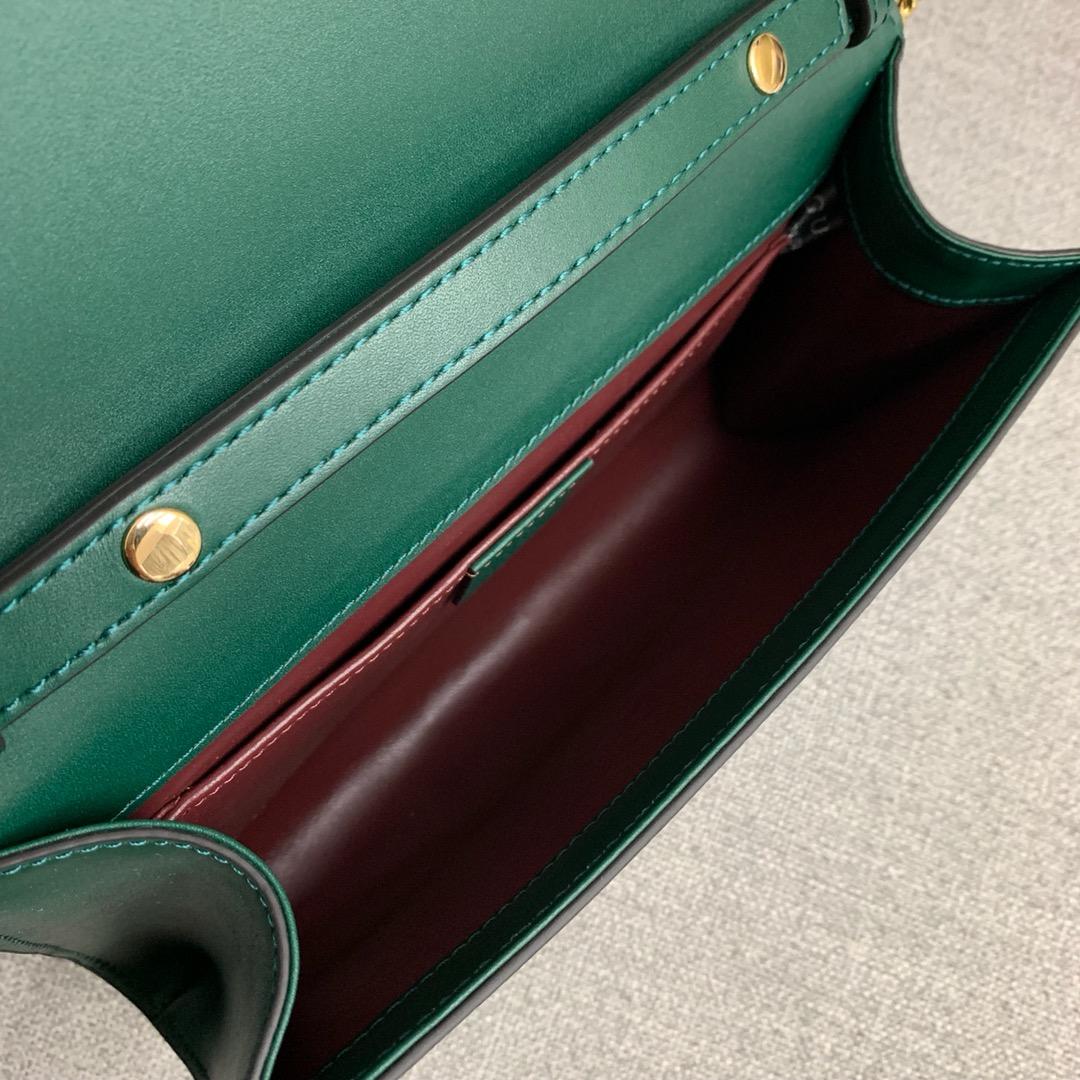 古奇新款女包 Gucci绿色平纹牛皮ZUMI系列手拿包链条斜挎包24CM