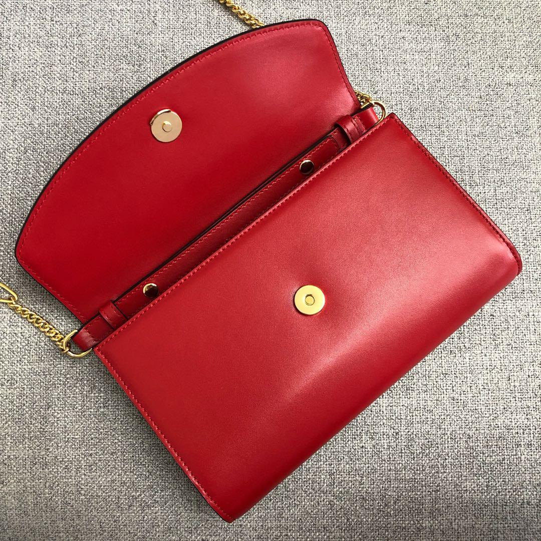 古奇女包批发 Gucci新款大红色平纹牛皮ZUMI系列链条手拿包24CM