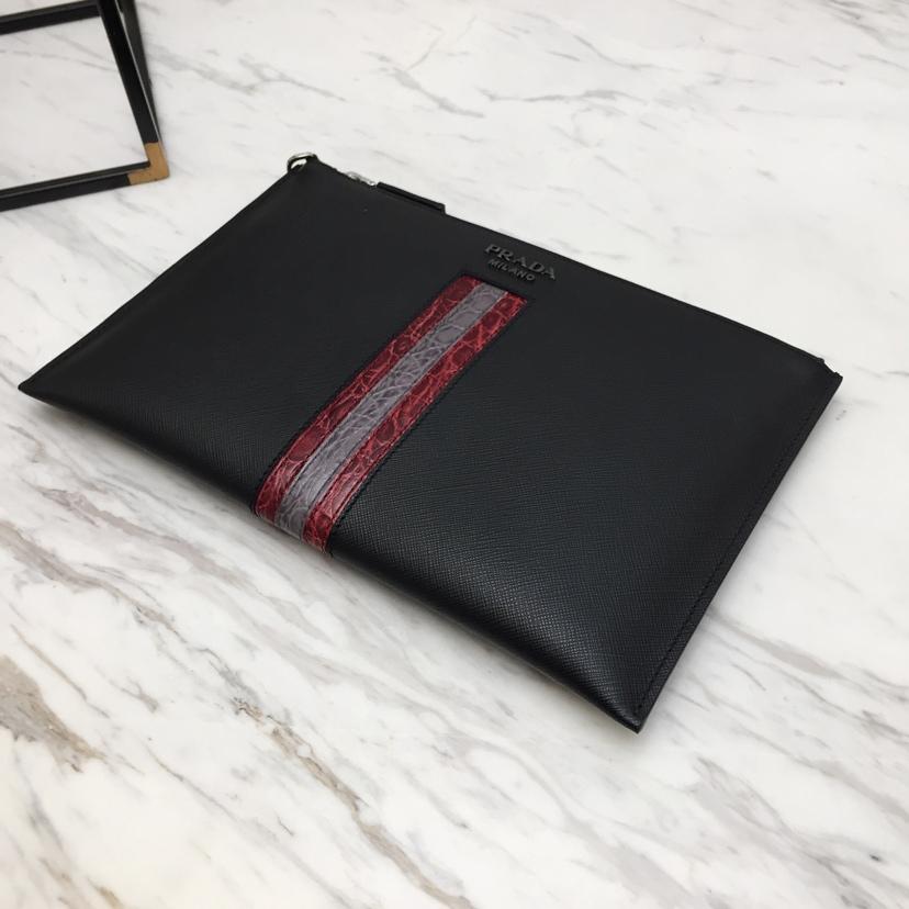 P家最新款手包限量版2NG005 原单牛皮 拼条鳄鱼皮更显高档 设计独特新颖