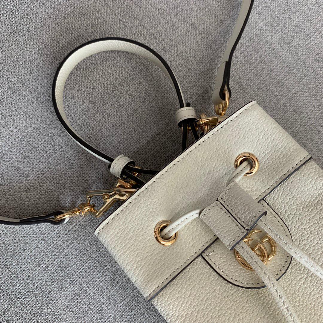 Gucci包包官网 古奇最新猪皮纹水桶包手提斜挎包包25CM 白色