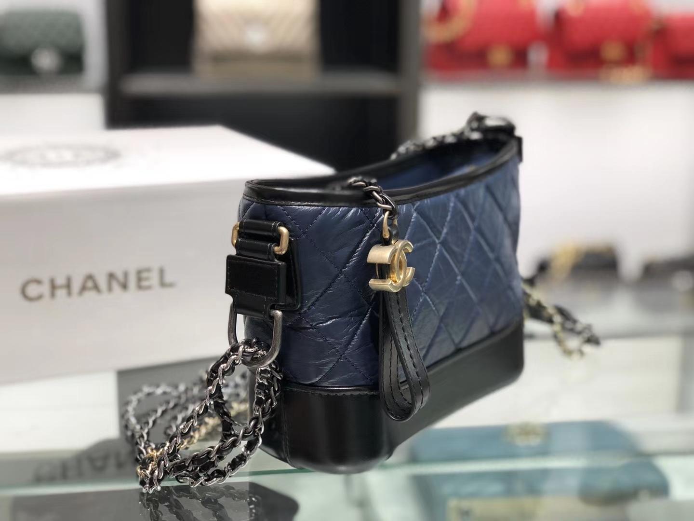 Chanel(香奈儿)𝖌𝖆𝖇𝖗𝖎𝖊𝖑𝖑𝖊 # 流浪包〔黑配蓝菱格〕20cm