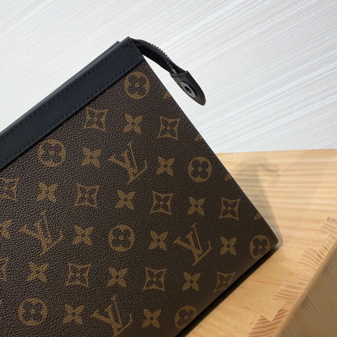 路易威登包包 随身手包61692 低调奢华