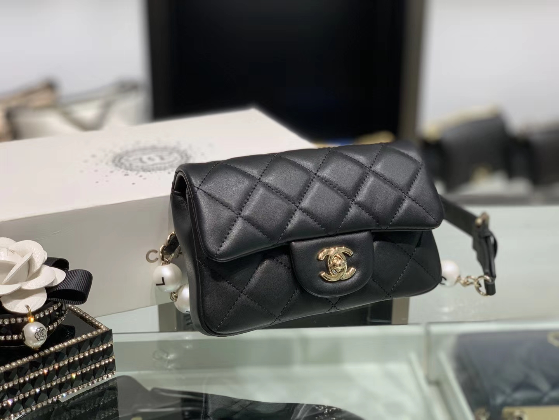 Chanel(香奈儿)2020新款 珍珠腰包 超级仙女 长度可调节 黑色 金扣