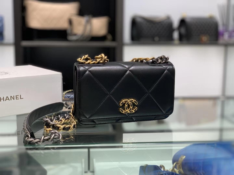 Chanel(香奈儿)19 woc 手袋 链子晚宴包 黑色