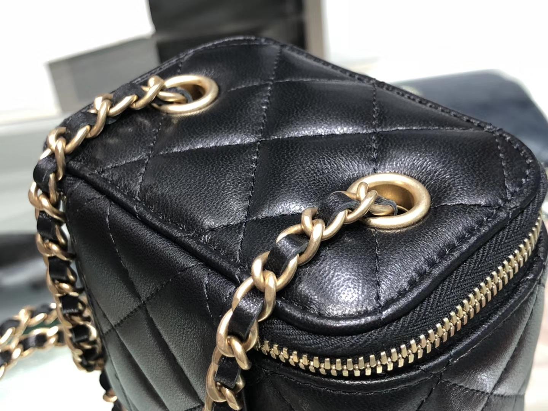 Chanel(香奈儿)最火盒子包 小金珠系列 黑色 金扣