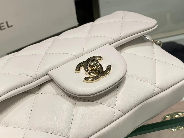 Chanel(香奈儿)2020新款 珍珠腰包 超级仙女 长度可调节 白色 金扣