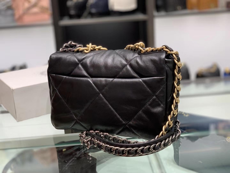 Chanel(香奈儿)19bag 口盖包 # 黑色 小羊皮 26cm