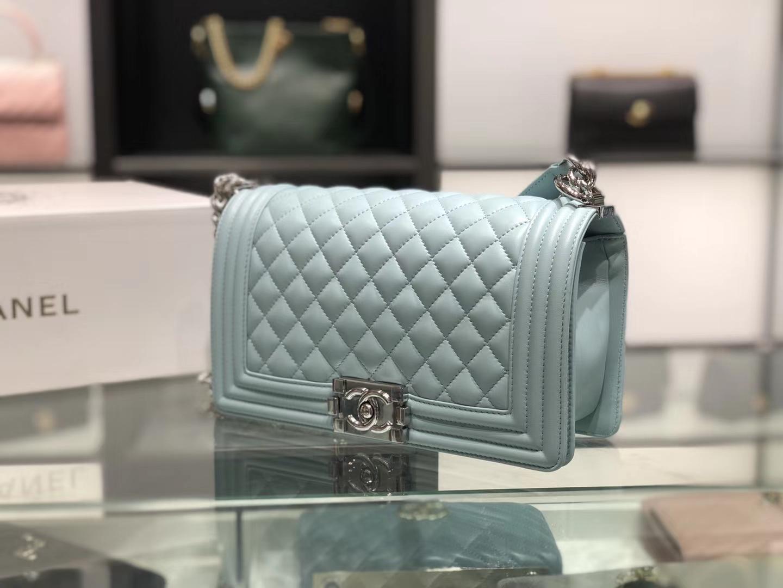 Chanel(香奈儿)Leboy # 小羊皮配搭复古砂银 薄荷绿 25cm