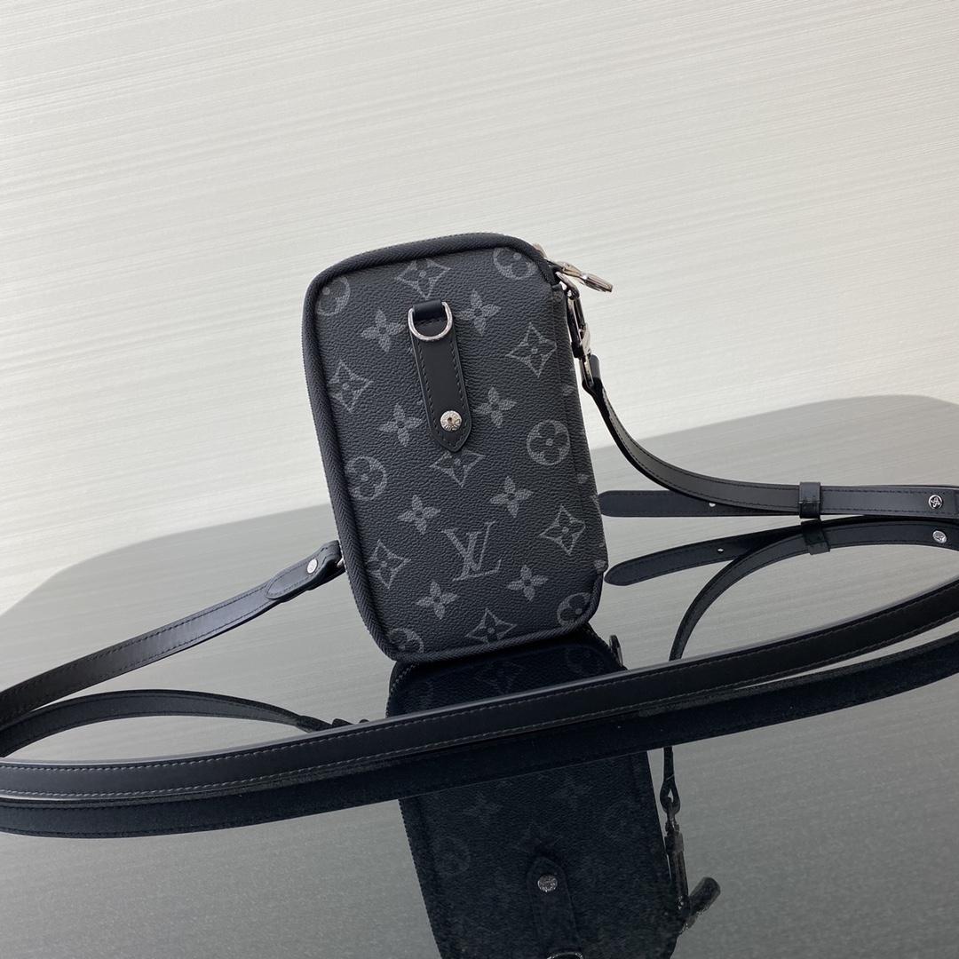 路易威登官网 LV手机包69534 两面双色搭配 大写的实用