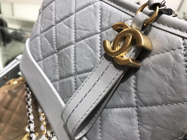 Chanel(香奈儿)𝖌𝖆𝖇𝖗𝖎𝖊𝖑𝖑𝖊 # 流浪包〔雾霾蓝 菱格〕20cm