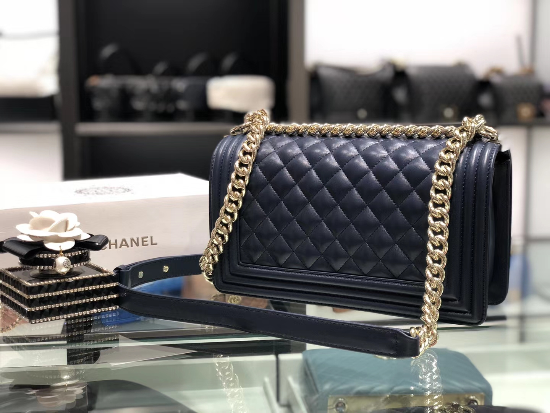 Chanel(香奈儿)Leboy # 小羊皮配搭复古砂金 藏蓝色 25cm