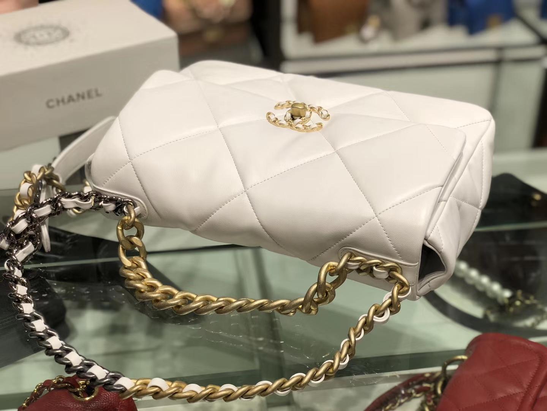 Chanel(香奈儿)19bag 口盖包 # 白色 小羊皮 26cm