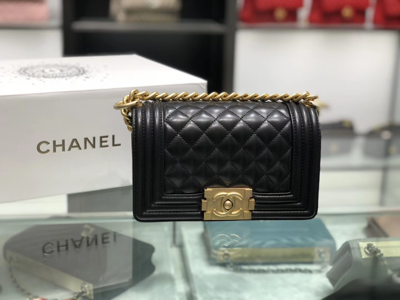 Chanel(香奈儿)Leboy # 小羊皮配搭复古砂金 黑色 菱格 20cm