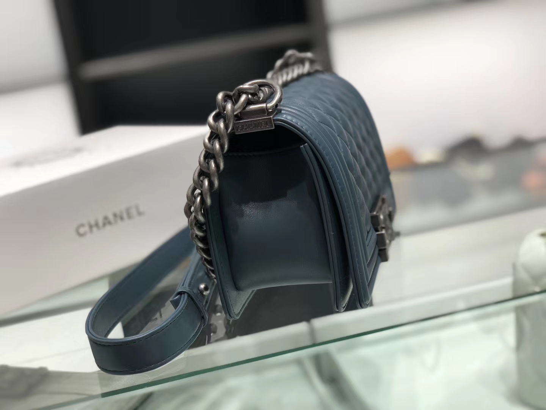 Chanel(香奈儿)Leboy # 小羊皮配搭复古砂银 牛仔蓝 菱格 20cm
