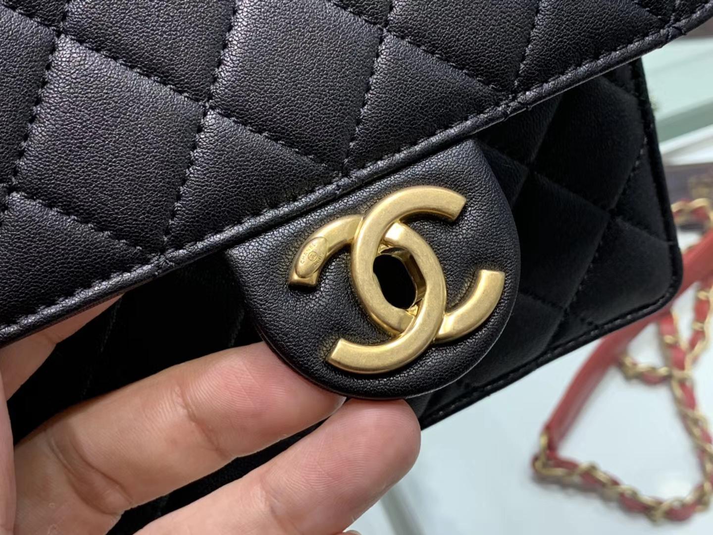 Chanel(香奈儿)𝟮𝟬𝟮𝟬 春夏升级版 透明珍珠包 黑色 金扣