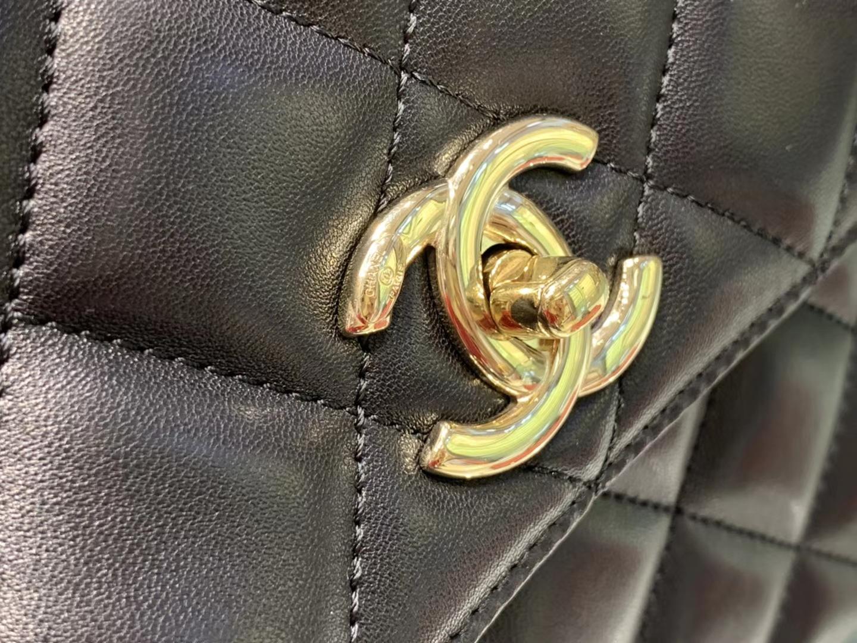 Chanel(香奈儿)Trendy cc 菱格 黑色 羊皮搭配金扣 25cm