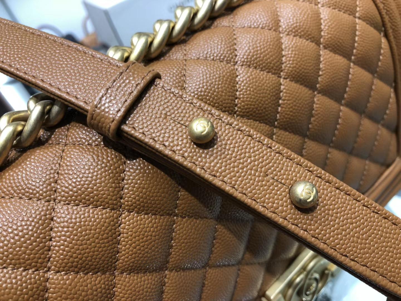 Chanel(香奈儿)Leboy 球纹皮配搭复古砂金 焦糖色 25cm
