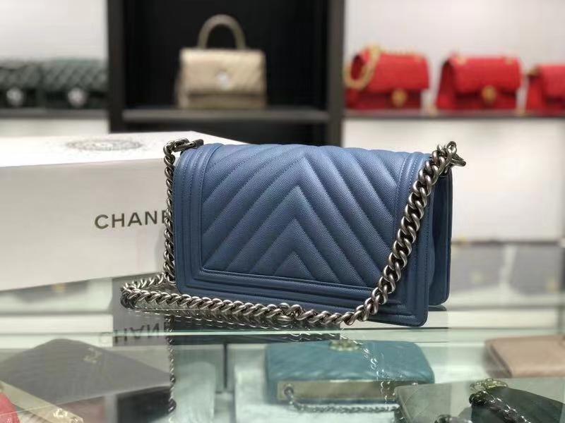 Chanel(香奈儿)Leboy # 小牛皮配搭复古砂金【V纹】牛仔蓝 25cm