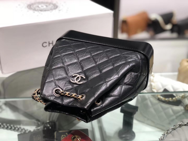 Chanel(香奈儿)𝖌𝖆𝖇𝖗𝖎𝖊𝖑𝖑𝖊 # 流浪背包〔黑配黑菱格〕23×22.5×10.5cm