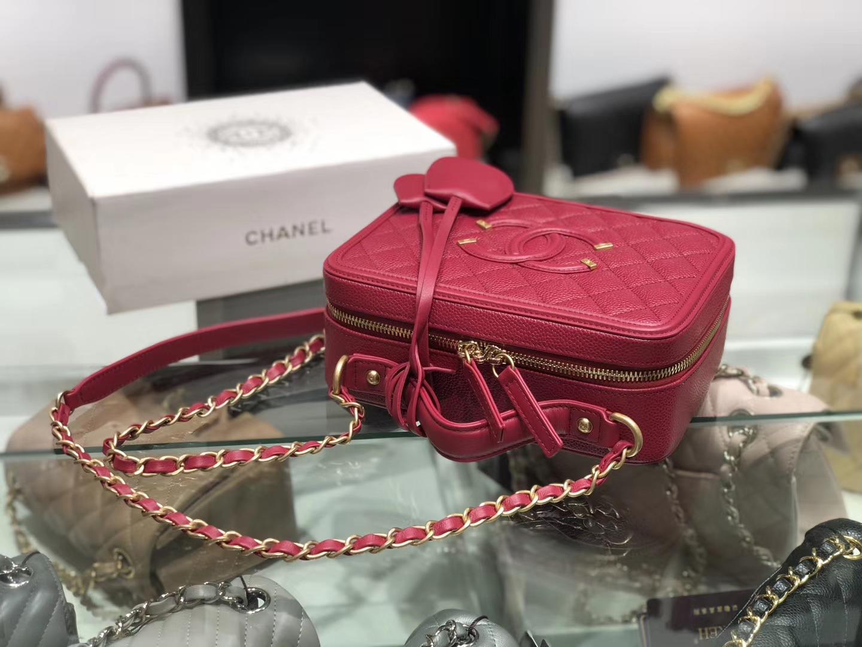 Chanel(香奈儿)化妆盒子包 红色 金扣 21cm