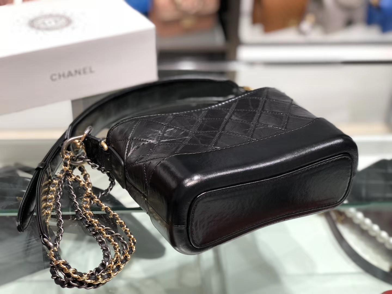 Chanel(香奈儿)手柄流浪包 黑色 原厂进口小牛皮 20cm
