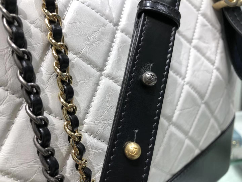 Chanel(香奈儿)𝖌𝖆𝖇𝖗𝖎𝖊𝖑𝖑𝖊 # 流浪包〔黑配白菱格〕28cm