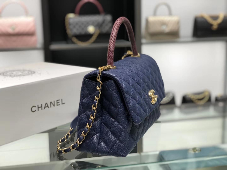Chanel(香奈儿)coco handle # 中号 蜥蜴手柄 藏蓝色 金扣 29cm