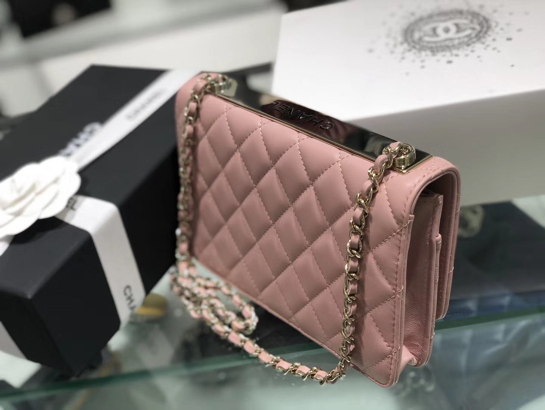 Chanel(香奈儿)trendy cc系列 手袋 woc 链子晚宴包 粉色 金扣 19cm