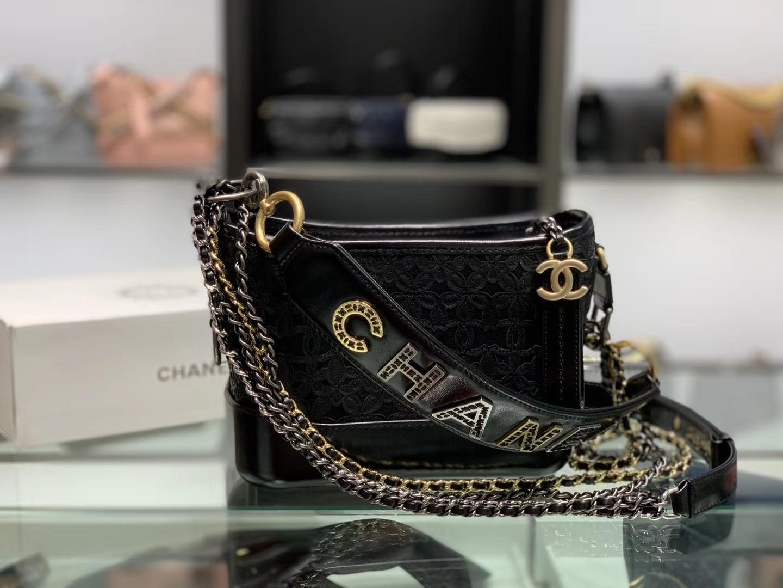 Chanel(香奈儿)𝖌𝖆𝖇𝖗𝖎𝖊𝖑𝖑𝖊 # 流浪包 黑色 小牛皮 羊毛毛毡 金色 银色 钌色金属 20cm